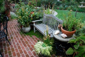 Harrah patio design made of brick